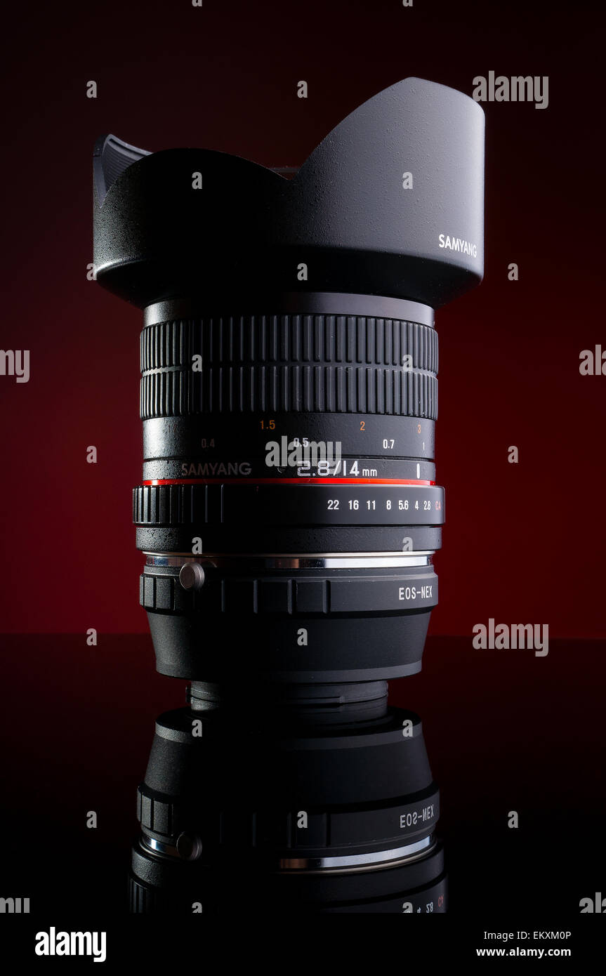 Samyang 14mm f2 8 lens for Canon with Sony Nex adapter