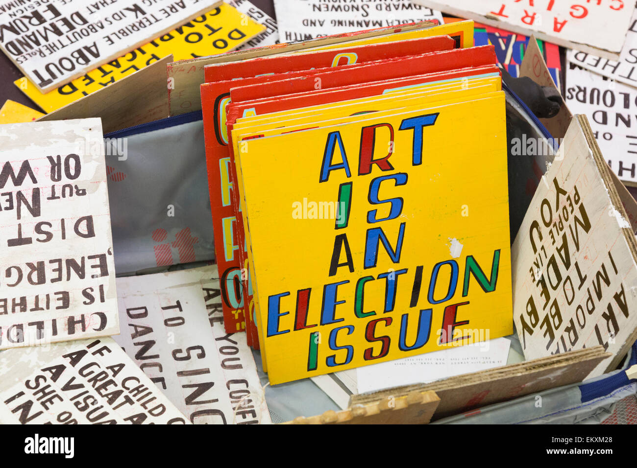 London, UK. 13 April 2015. Over three weeks leading up to the General Election when artist Bob and Roberta Smith - Stock Image