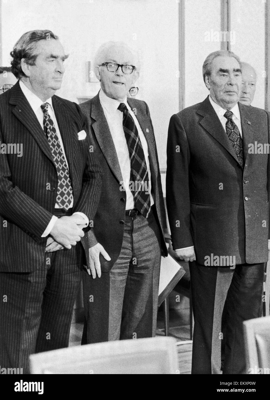 Labour leader Michel Foot (centre) seen here in Moscow for talks with the Soviet administration. Accompanied by - Stock Image