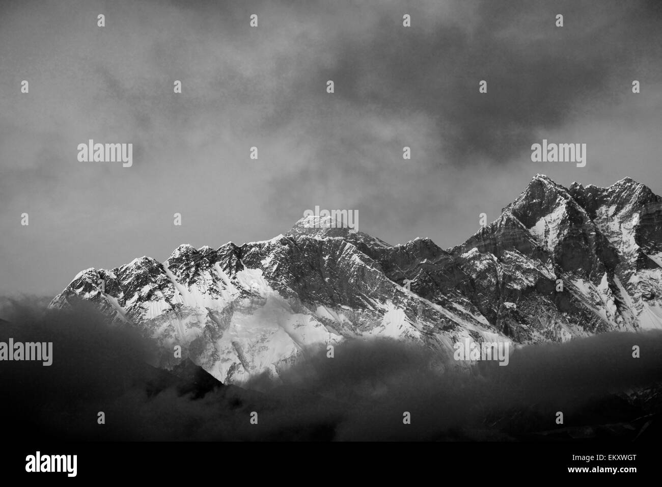 Snow Capped summit of Everest Mountain, Himalayan mountains, UNESCO World Heritage Site, Sagarmatha National Park, - Stock Image