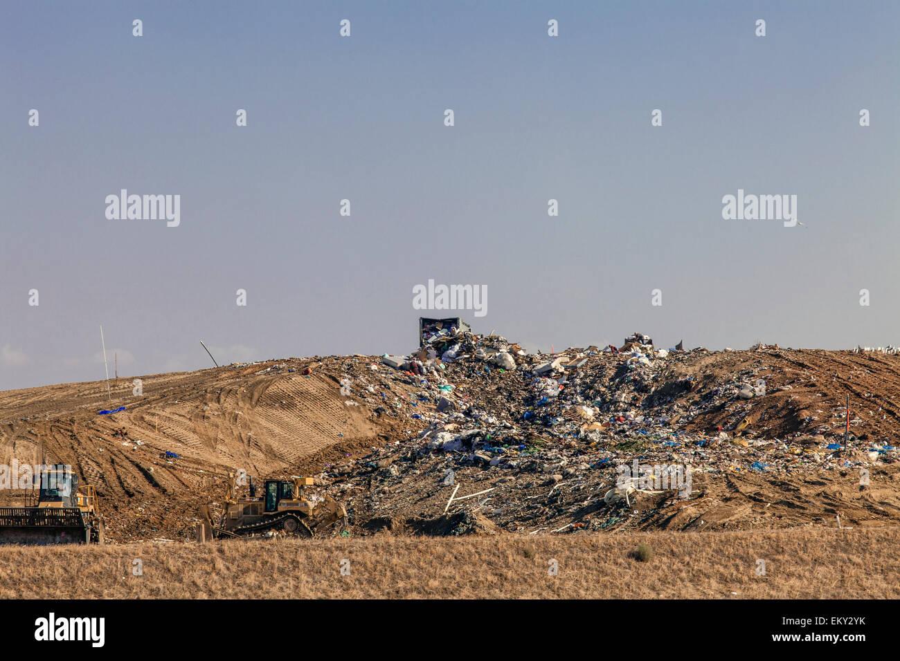 Landfill near Porterville, Tulare County, San Joaquin Valley, California, USA Stock Photo