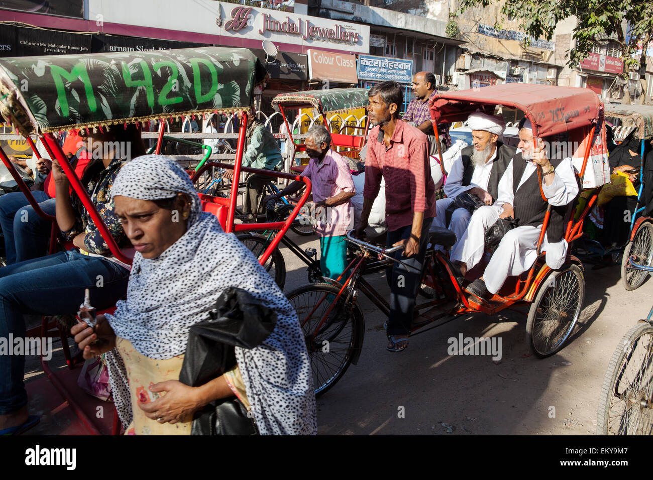 Cycle rickshaw on Chandni Chowk in the old city of Dehli - Stock Image