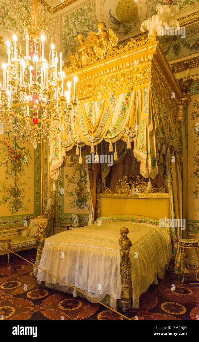 Ornate bed in state bedroom of the18th century Pavlovsk Palace, built by Paul I of Russia, Pavlovsk,Saint Petersburg, - Stock Image