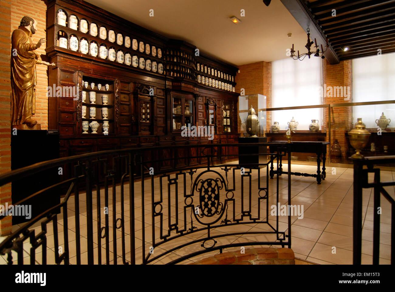 pharmacy museum mus e paul dupuy rue de la pleau toulouse france stock photo 81161139 alamy. Black Bedroom Furniture Sets. Home Design Ideas