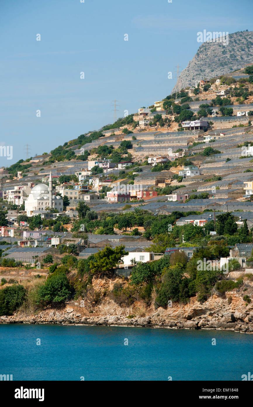 Türkei, Provinz Mersin (Icel), Gewächshäuser in Soguksu / Yenikas an der Küste bei Aydincik - Stock Image