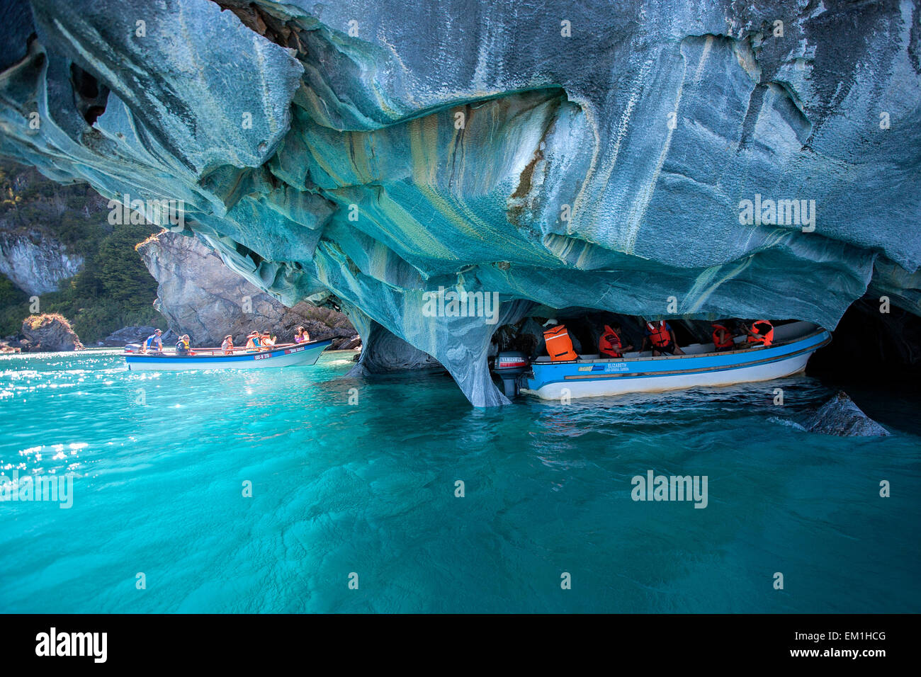 Tourists Visiting The Marble Chapel Capillas De Marmol General Stock Photo Alamy