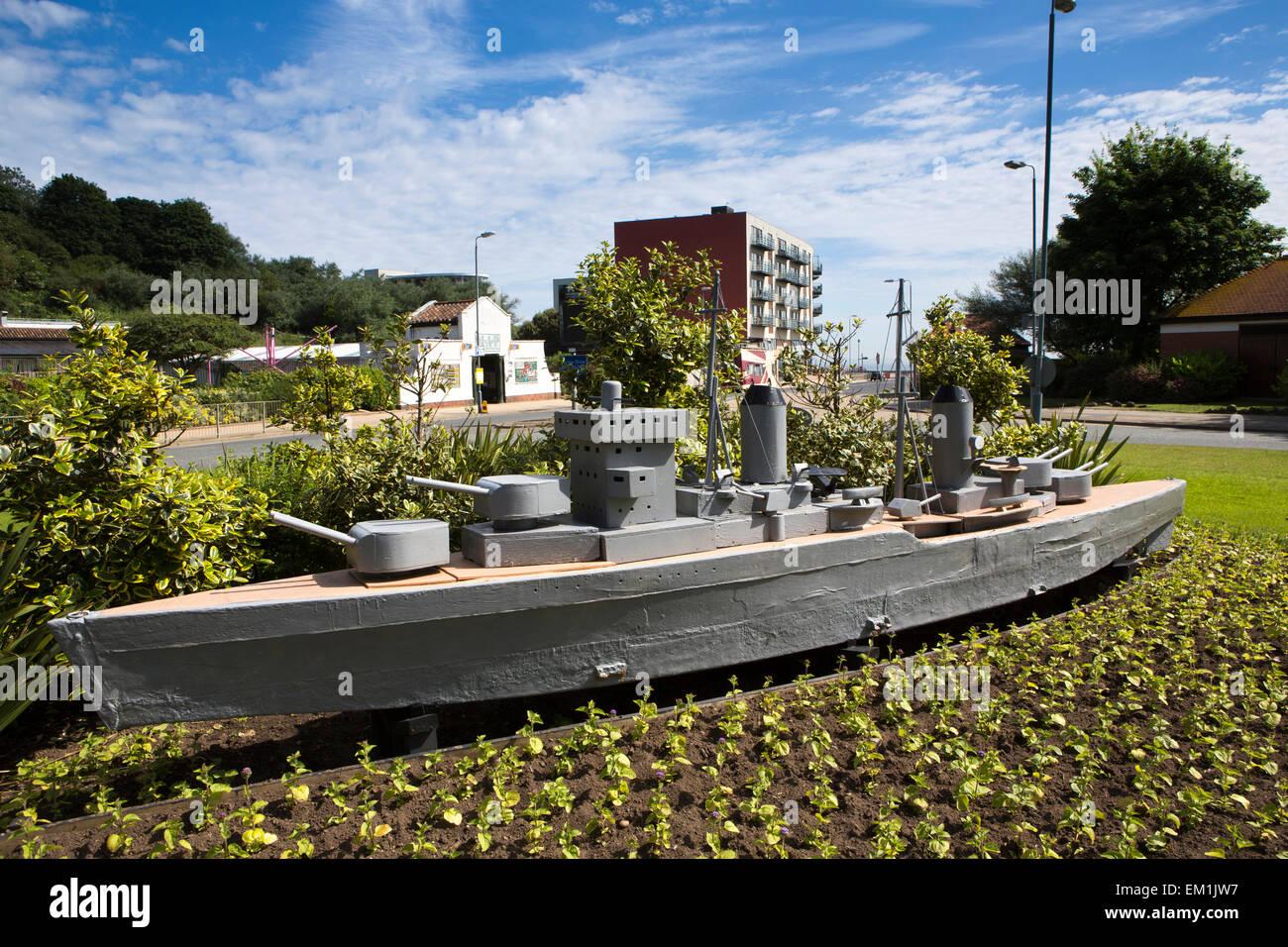 UK, England, Yorkshire, Scarborough, North Sands, Peasholm Roundabout, metal warship sculpture - Stock Image