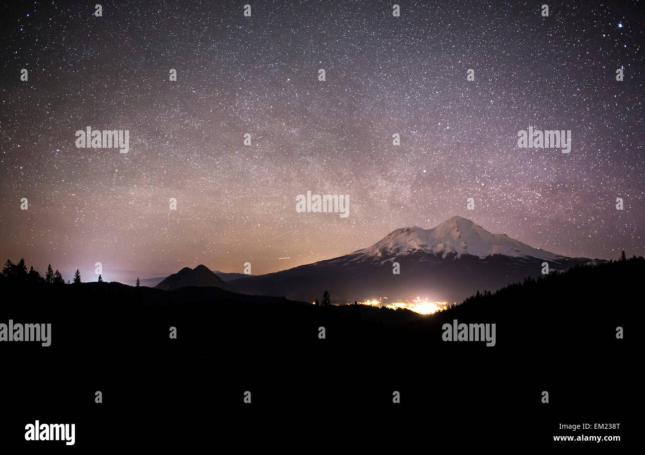 The Milky Way over Mount Shasta - Stock Image