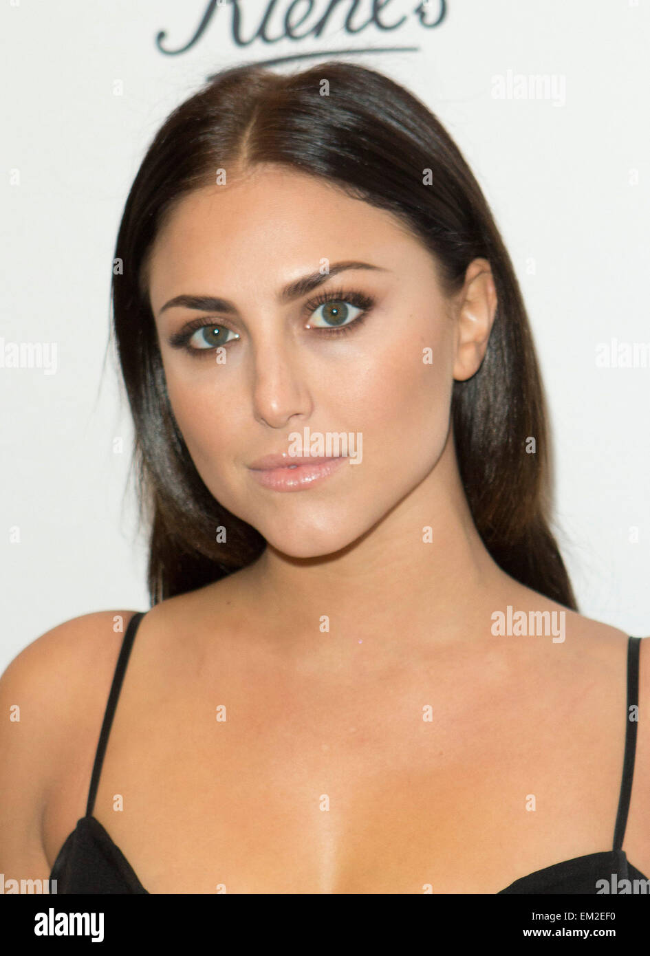 Los Angeles, California, USA. 15th Apr, 2015. Cassie Scerbo attends Kiehl's 2015 Earth Day Project with Elizabeth - Stock Image