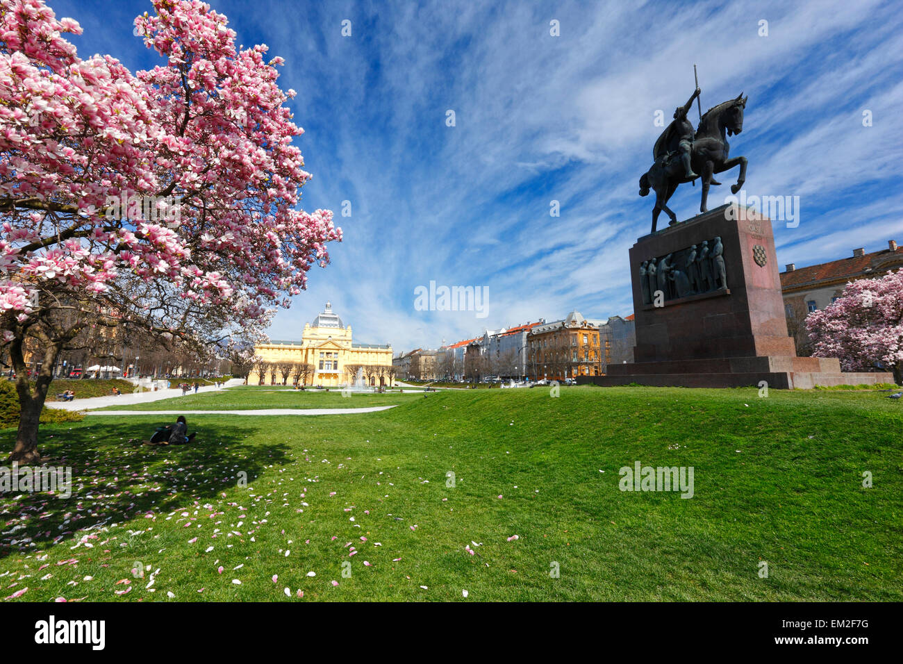 Zagreb,The king Tomislav statue and art pavilion in the spring. - Stock Image