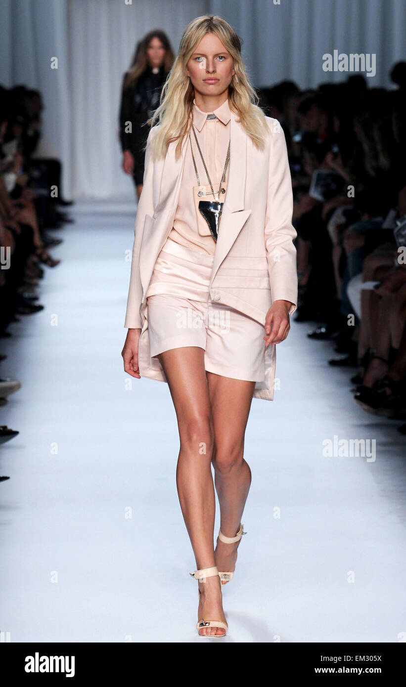 0e3b6e6b684d Givenchy Paris Ready Wear Spring Stock Photos   Givenchy Paris Ready ...