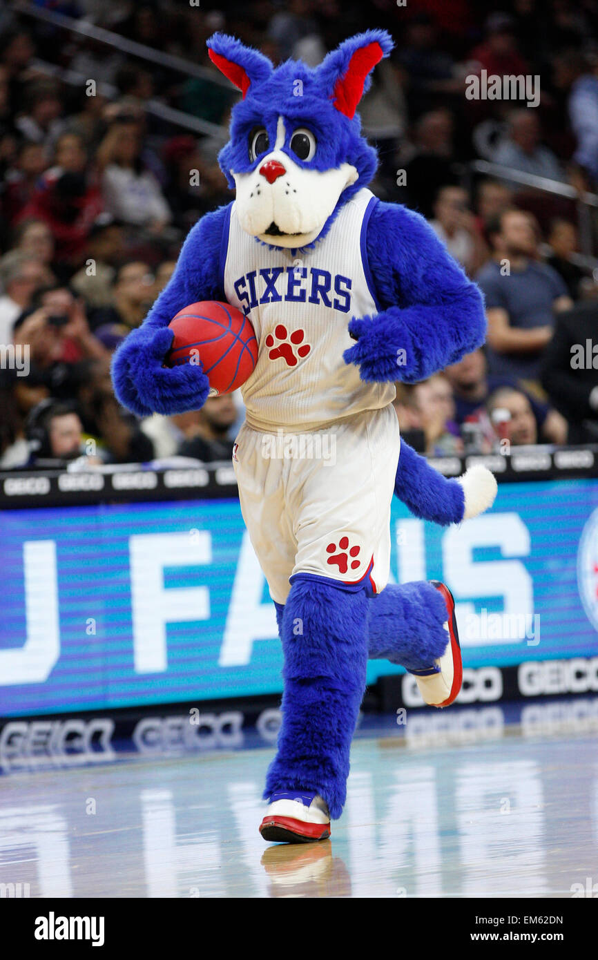 April 15 2015 Philadelphia 76ers Mascot Franklin In Action During Stock Photo Alamy