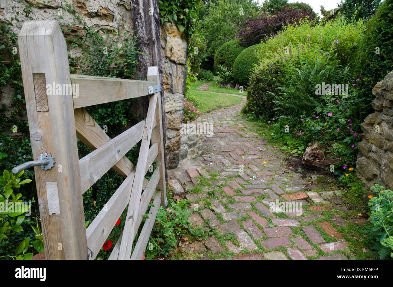 Garden Gate English Country