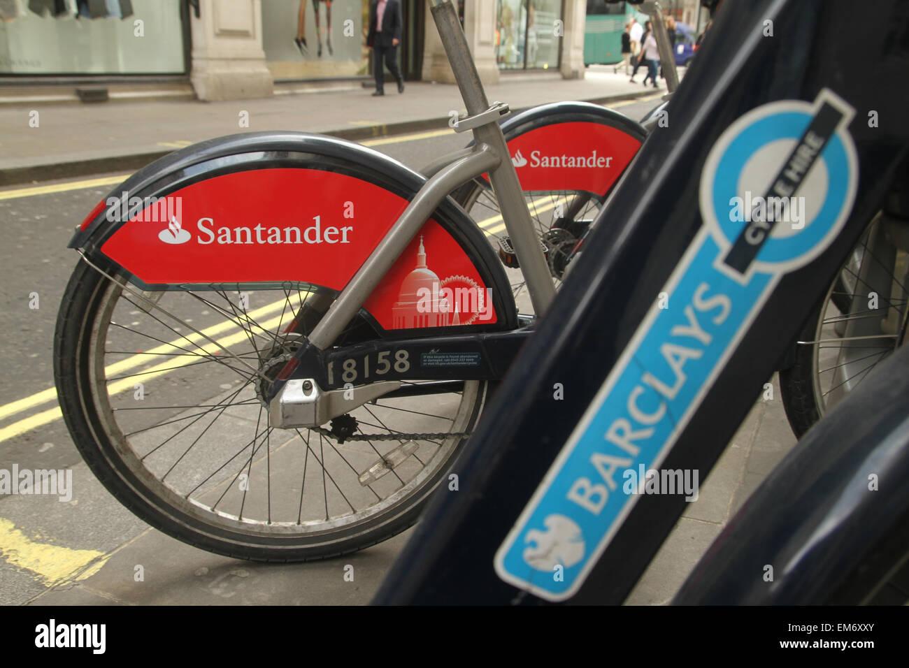 London, UK. 16 April 2015. Illustratinon of St Paul's on a Santander Bike docked at Little Argyll Street, on one - Stock Image