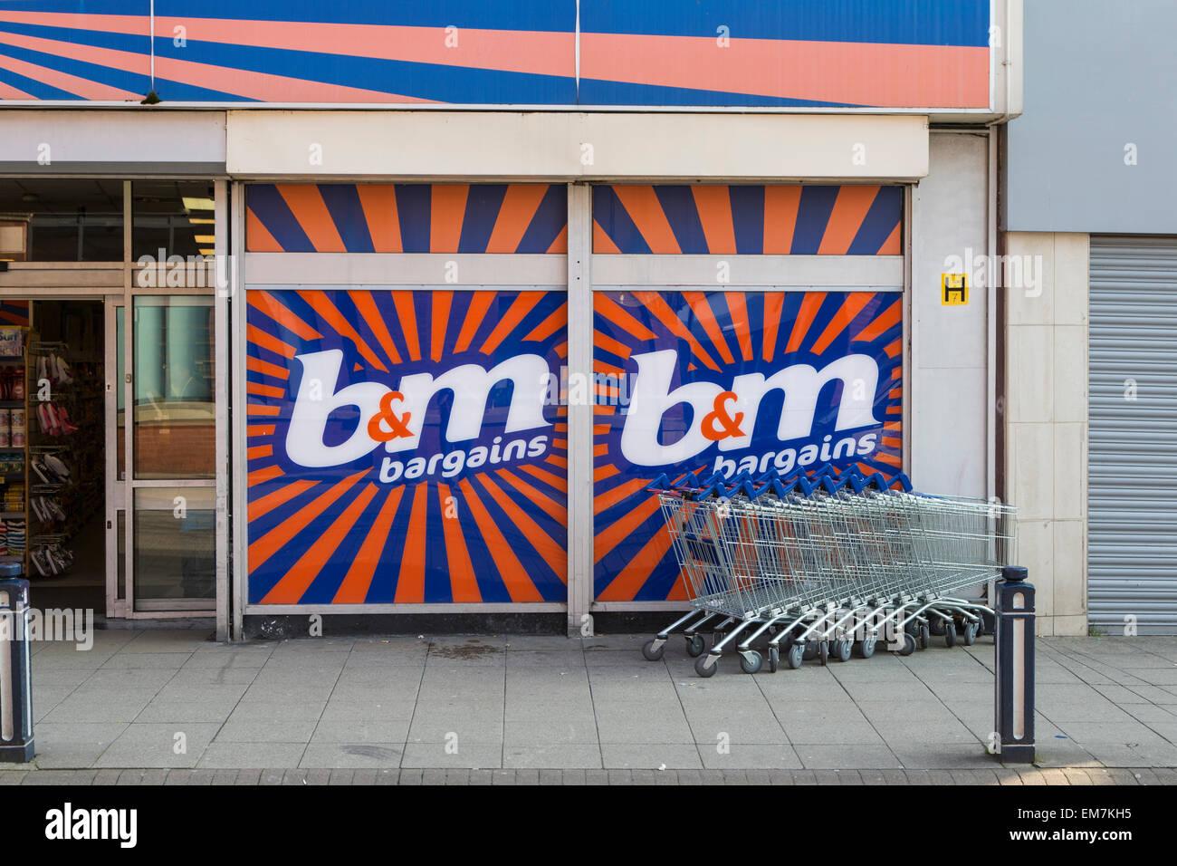 B and M B&M Bargain store, Ashton-under-Lyne, Lancashire, UK - Stock Image