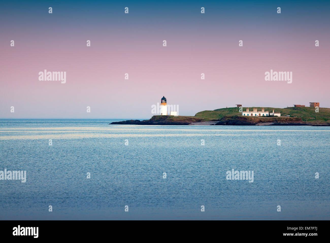 Isle of Lewis, Scotland : colorful sunset at Arnish Point Lighthouse - Stock Image