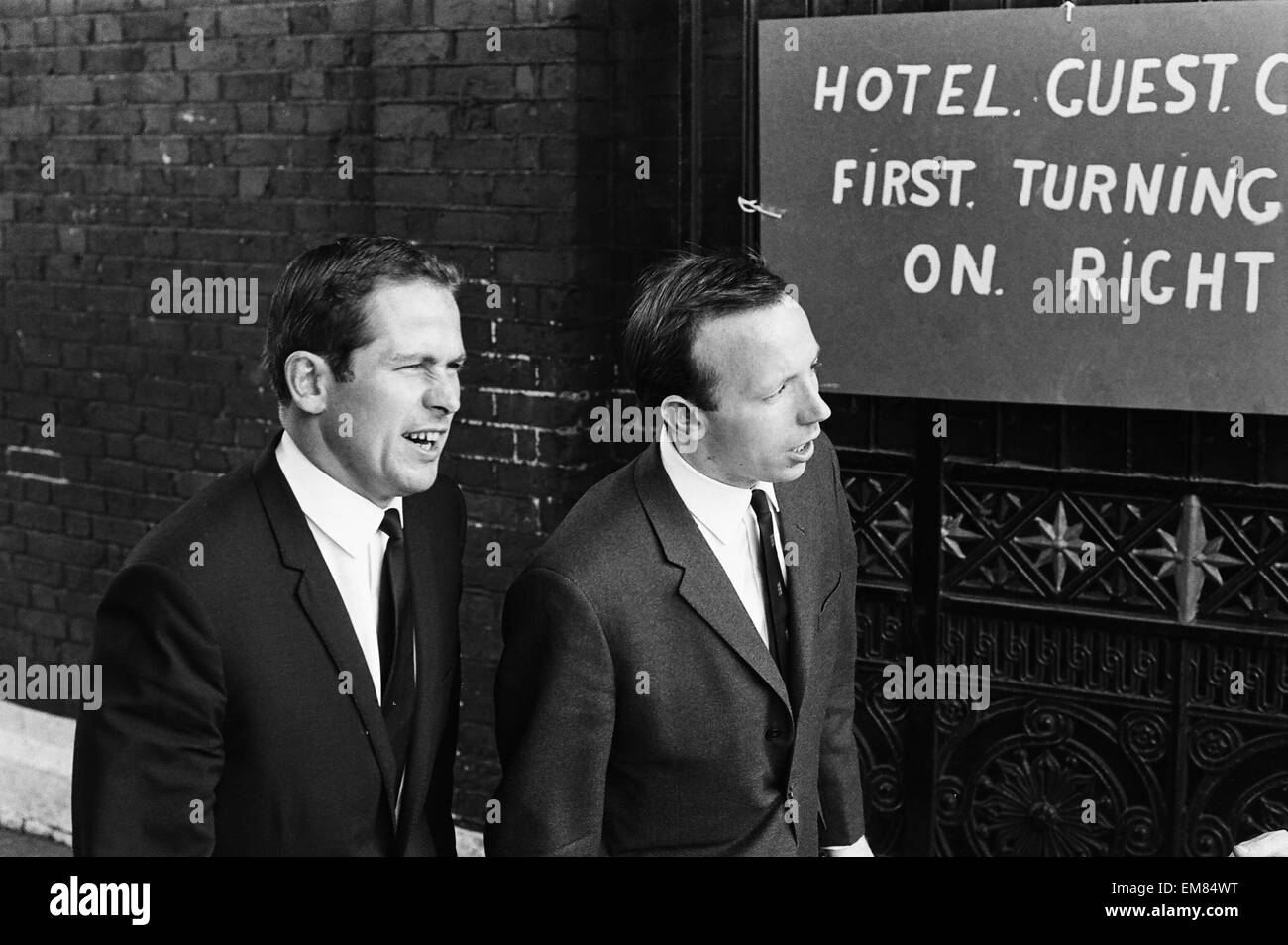 England footballer Nobby Stiles travels to Wembley Stadium from Hendon Hall hotel with the rest of the team for Stock Photo
