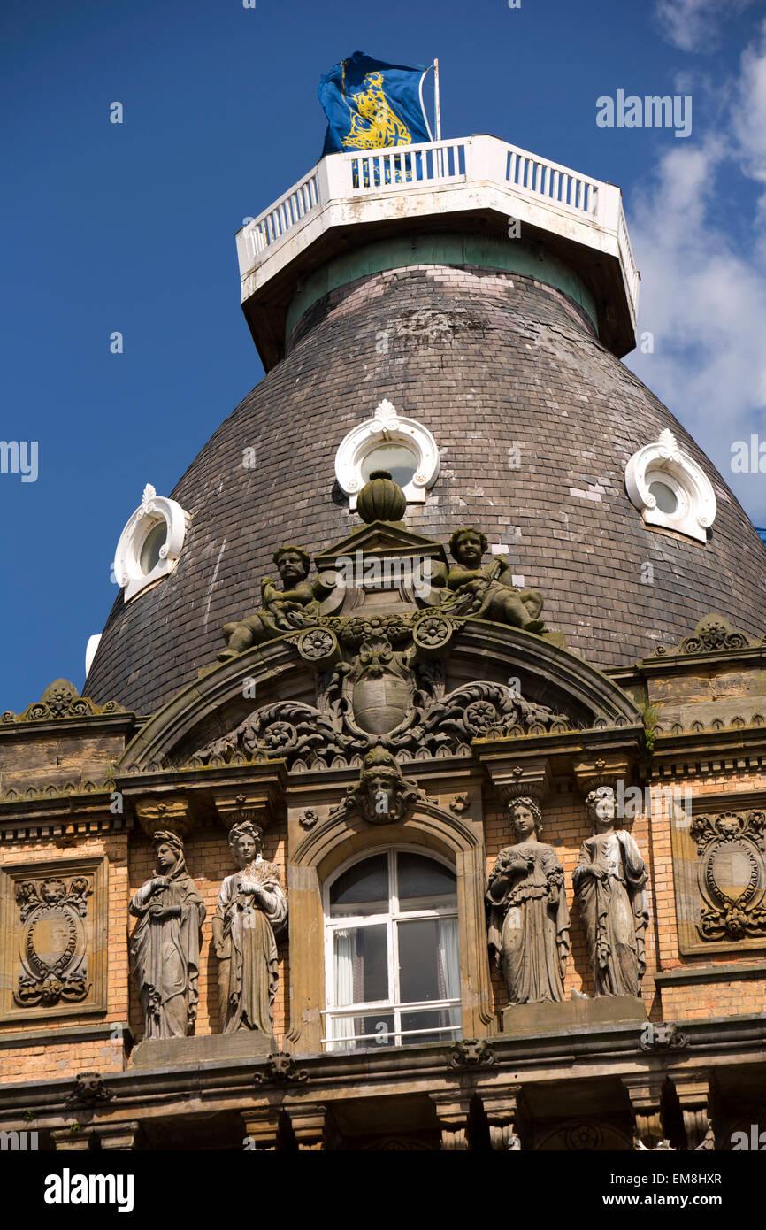 UK, England, Yorkshire, Scarborough, St Nicholas Cliff, Grand Hotel, statuary decorating tower - Stock Image