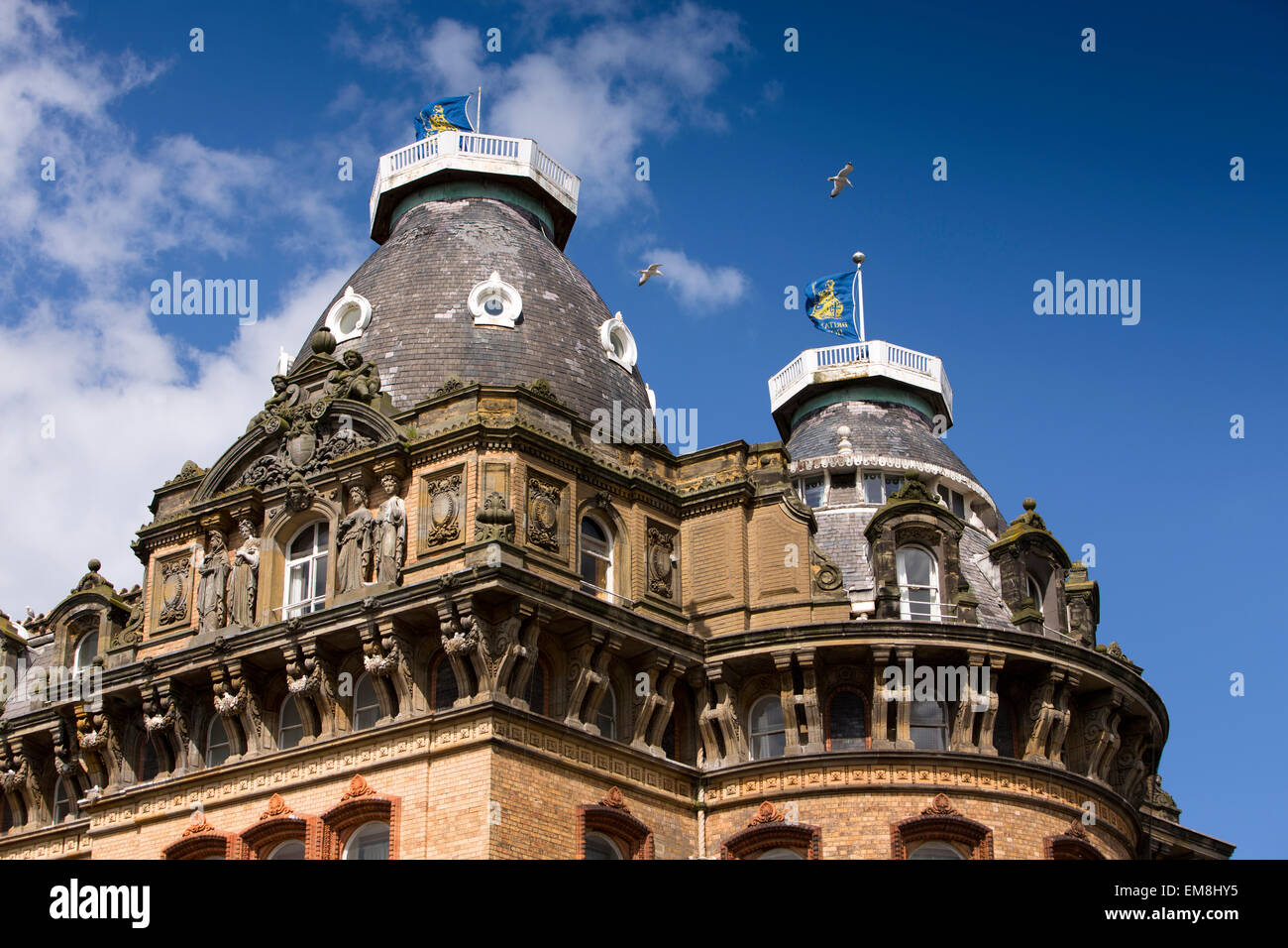 UK, England, Yorkshire, Scarborough, St Nicholas Cliff, Grand Hotel, roofline decorated with statues - Stock Image