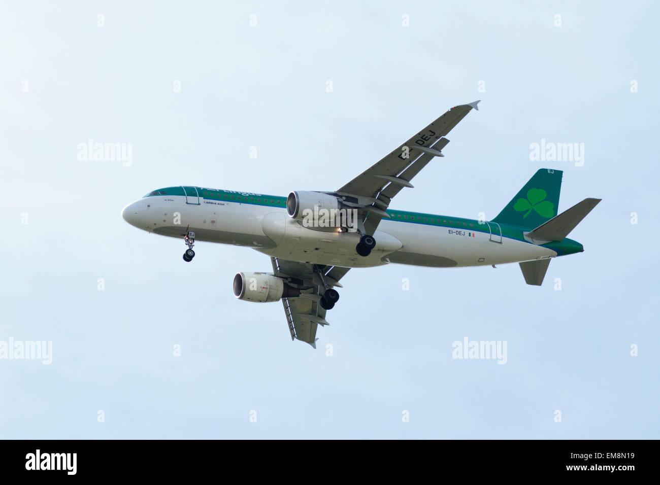 Aer Lingus EI-DEJ (Airbus A320) - Stock Image