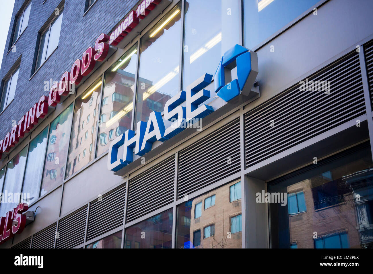 A JPMorgan Chase bank branch in New York on Monday, April 13, 2015 ...