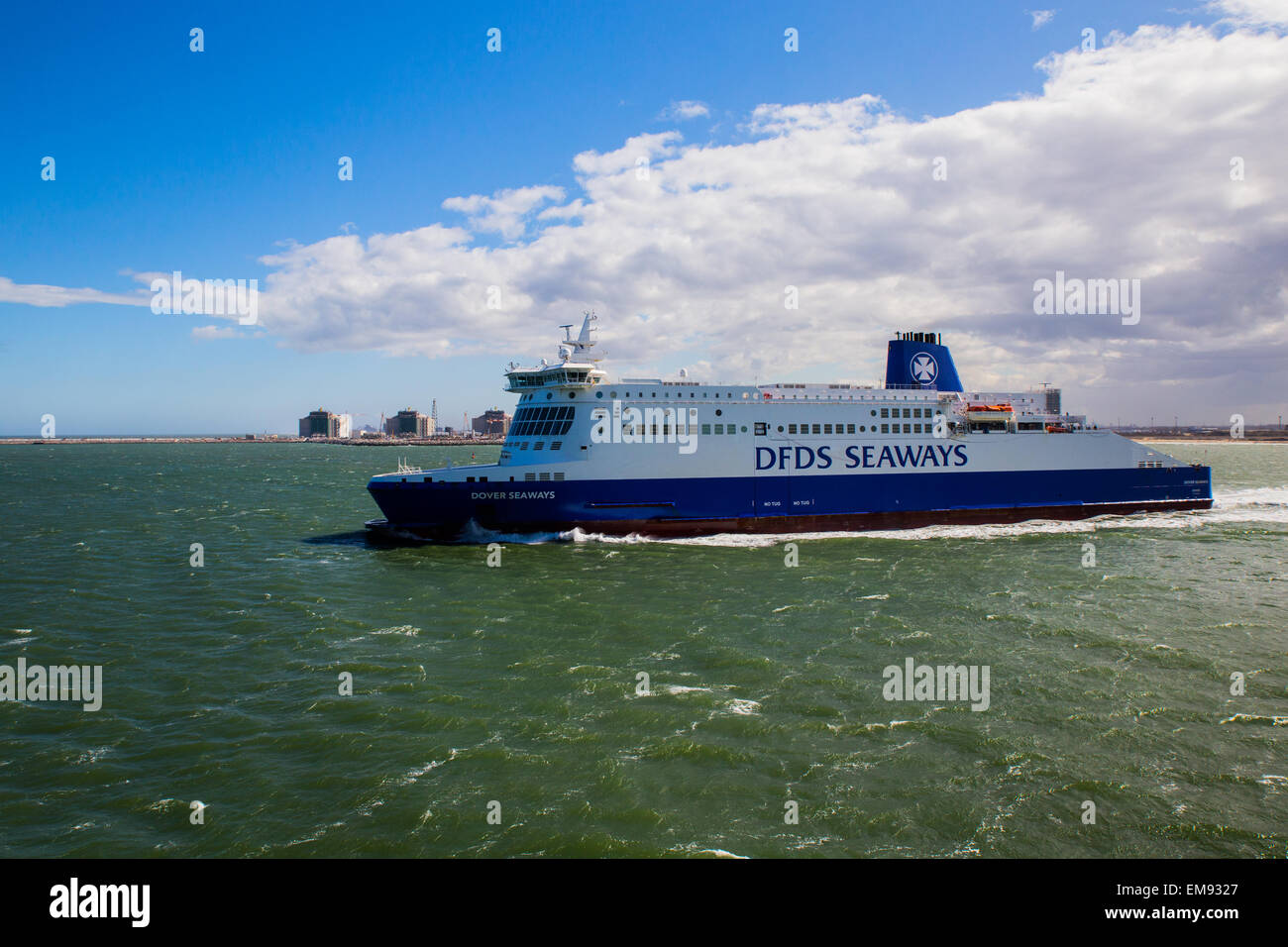 Cross channel ferry between Dover and Dunkirk - Stock Image