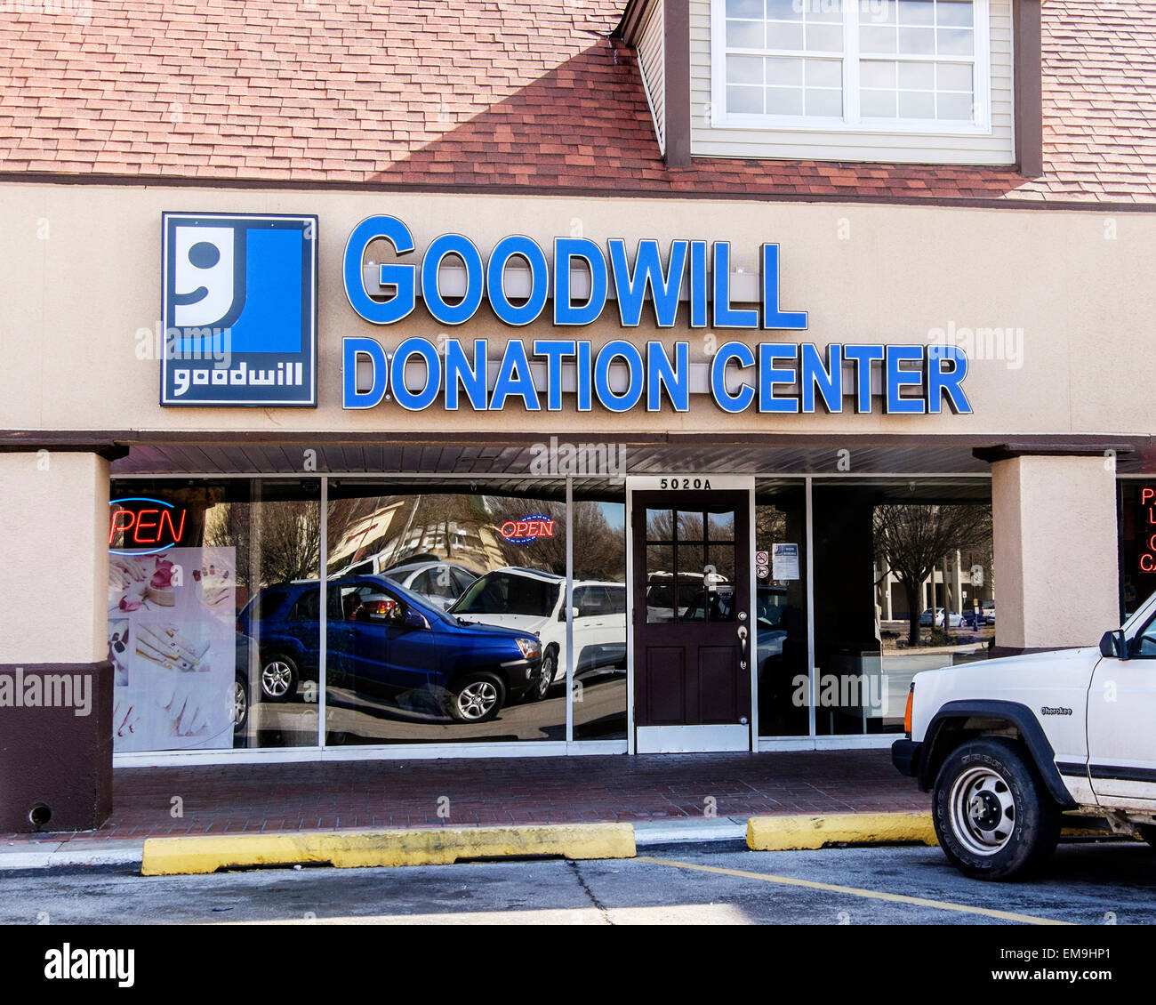 The storefront of a Goodwill donation center in Oklahoma City, Oklahoma, USA. - Stock Image