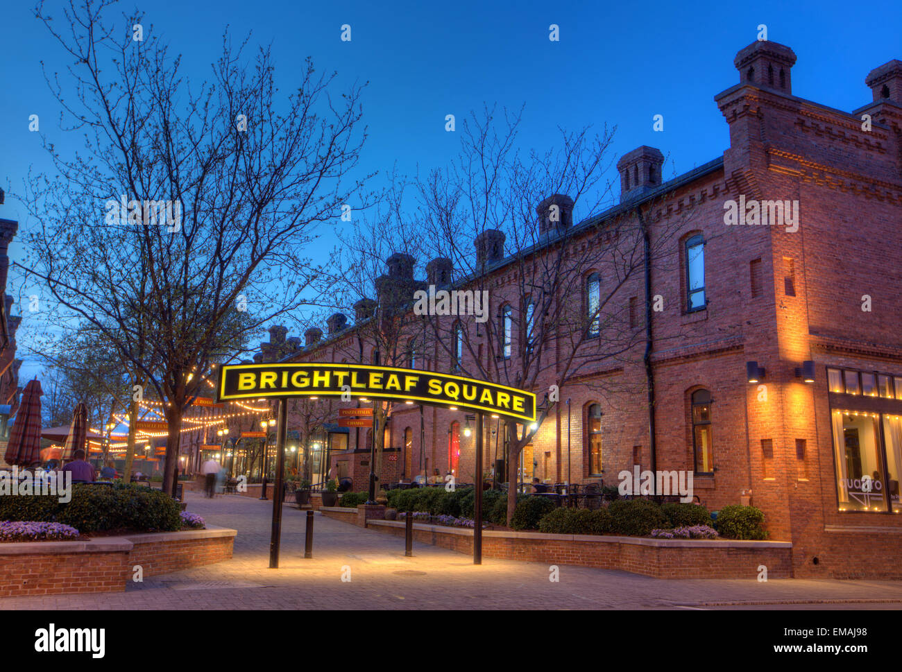 Brightleaf Square, former tobacco warehouses turned into retail businesses, Durham, North Carolina. - Stock Image