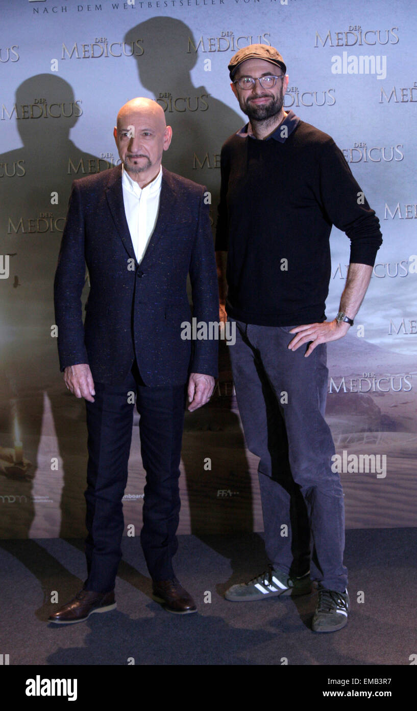 Ben Kingsley, Philipp Stoelzl - Photocall zum Kinostart des Spielfilms 'Der Medicus', Waldorf Astoria Hotel, - Stock Image