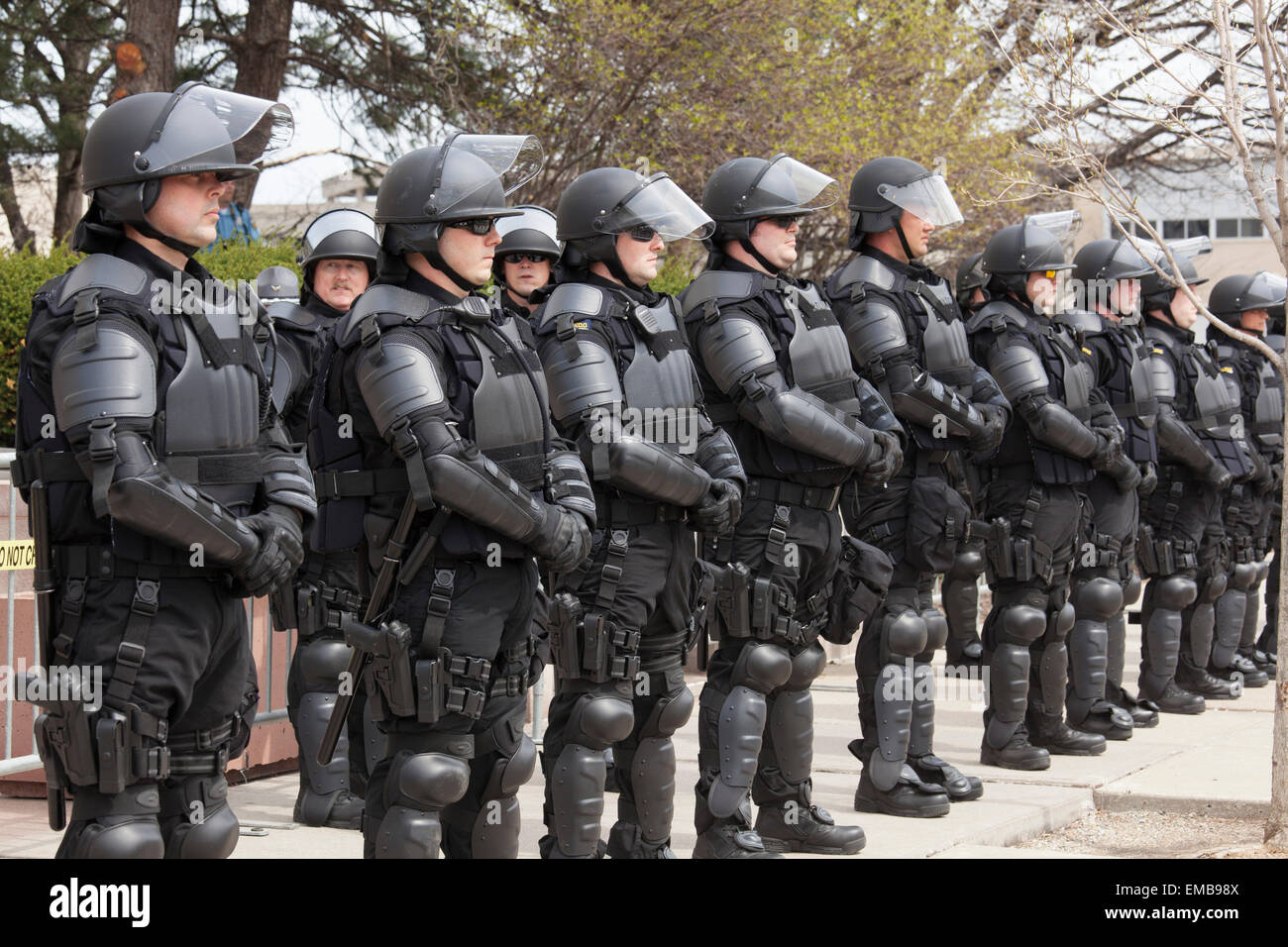 Police Riot Gear Stock Photos & Police Riot Gear Stock Images - Alamy