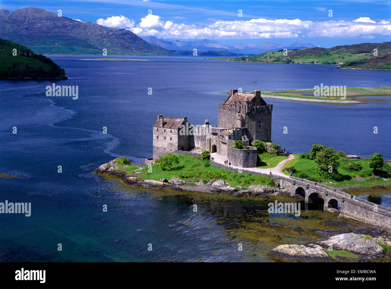 Eilean Donan Castle, Loch Duich, Kyle of Lochalsh, Scotland, UK - Stock Image