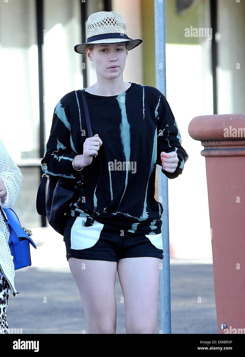 Iggy Azalea goes make up free for an outing in Los Angeles. The ...