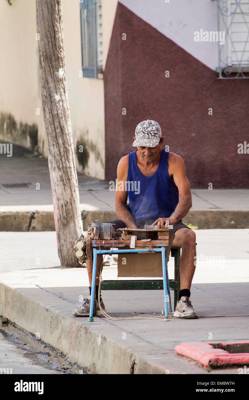 Craftmanship on the streets of Cienfuegis, Cuba. - Stock Image