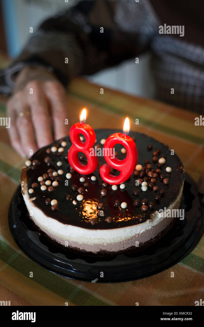 Birthday Cake For A 89 Year Old Woman