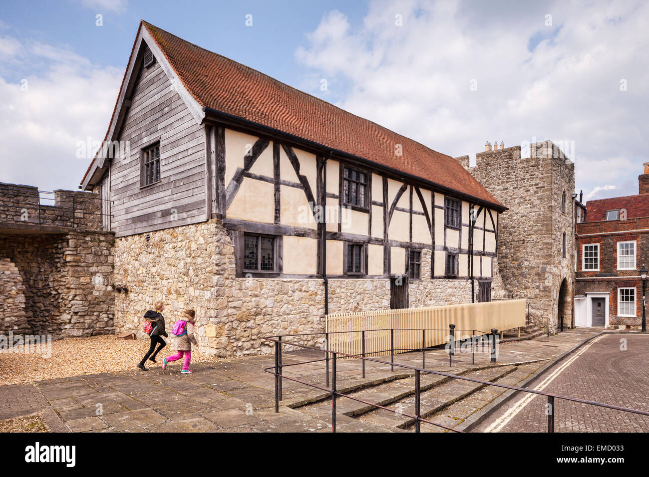 Westgate Hall and the old Westgate, Southampton, Hampshire, England. - Stock Image