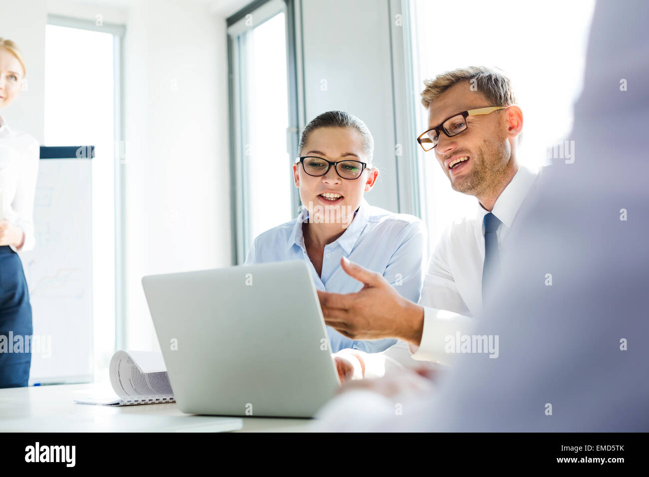 Business people in workshop developing new ideas - Stock Image