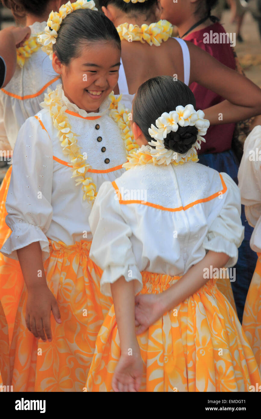 Hawaii, Oahu, Waikiki, young girls, traditional dress, - Stock Image
