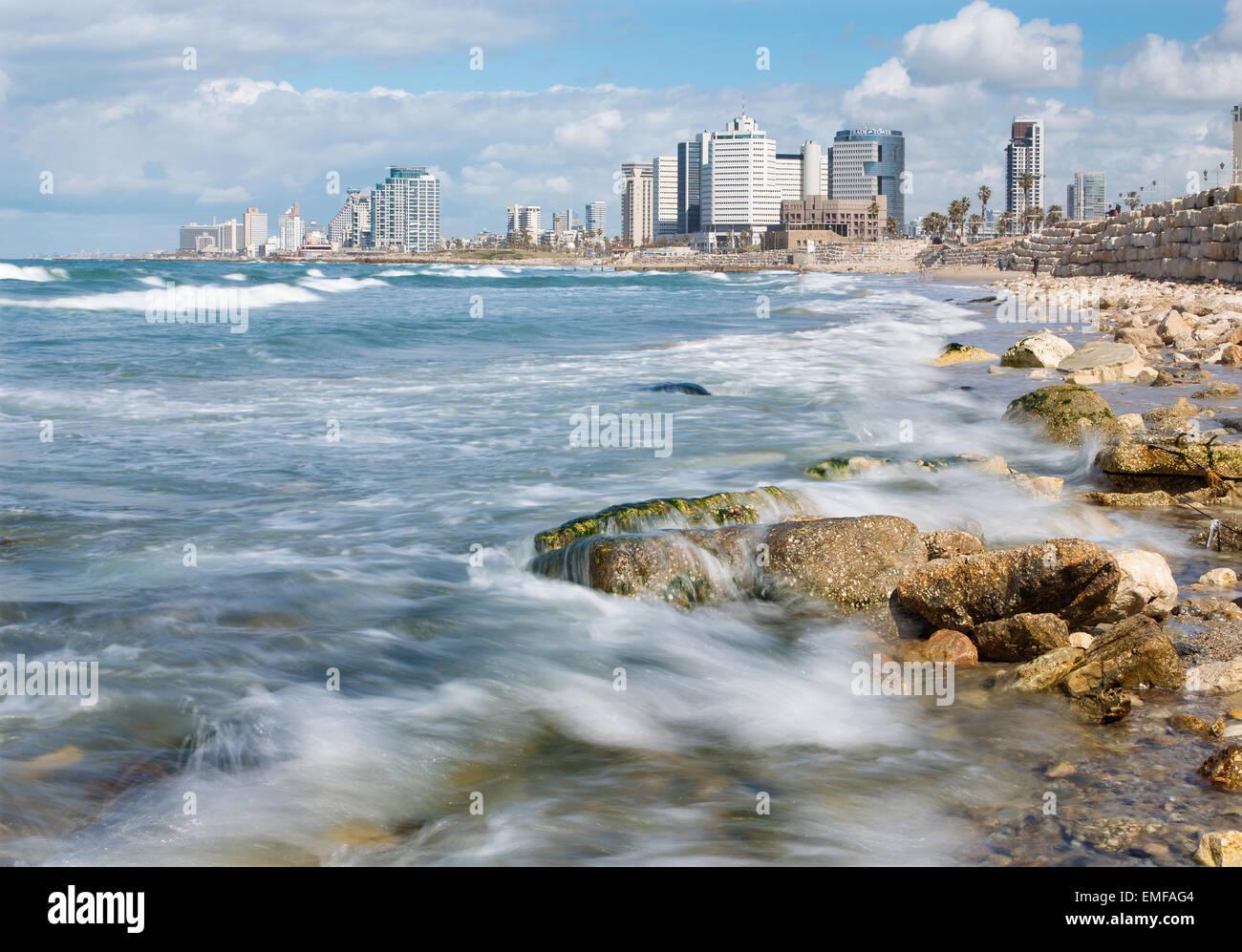 TEL AVIV, ISRAEL - MARCH 2, 2015: The coast of Tel Aviv - Stock Image
