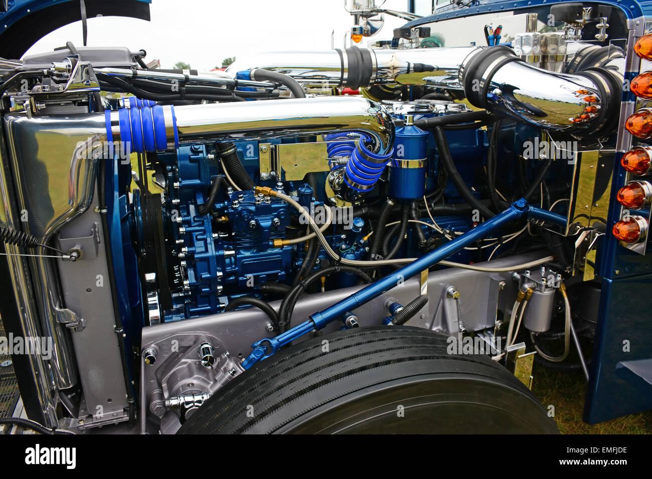 Truck engine - Stock Image