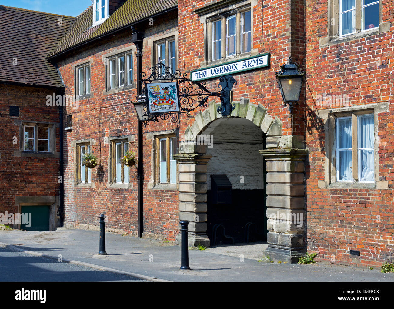 The Vernon Arms, Sudbury, Derbyshire, England UK - Stock Image