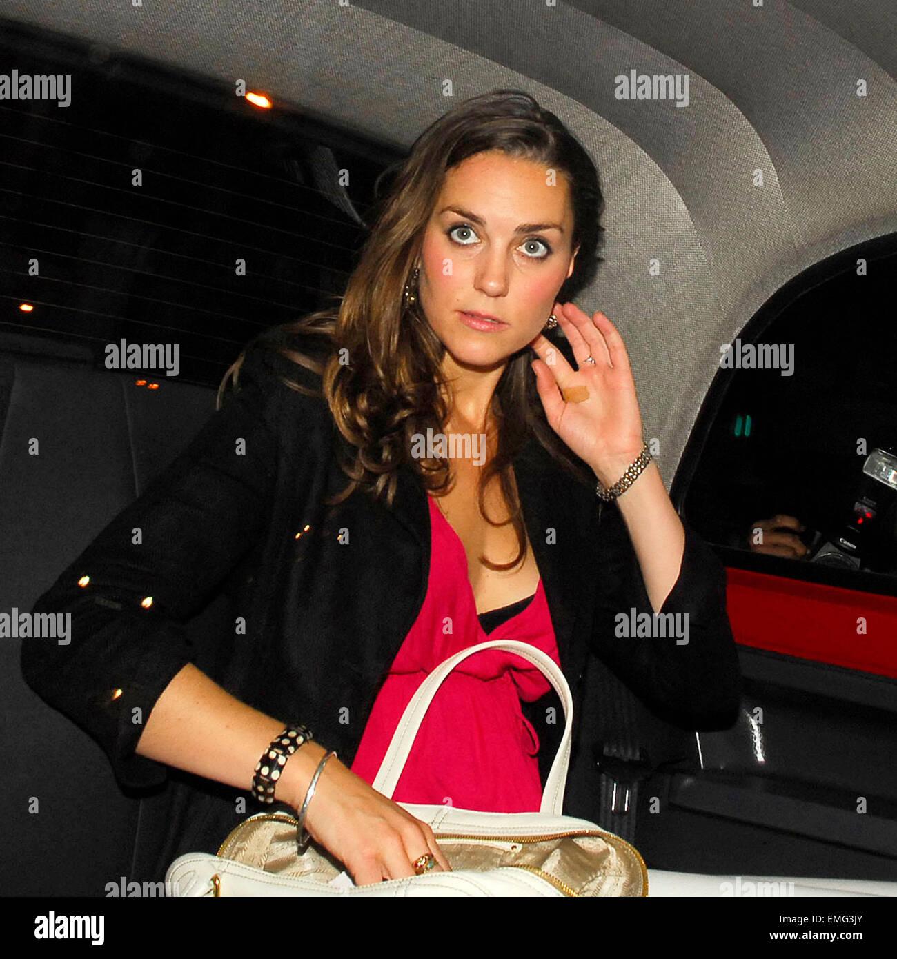 30may2007 London A Drunk Looking Kate Middleton Leaving Boujis