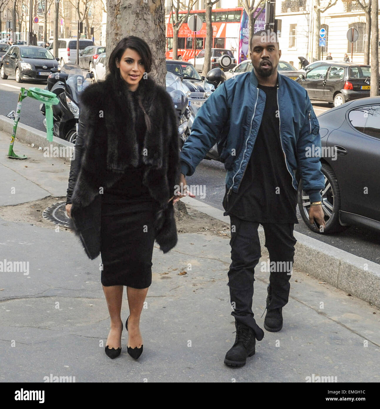 52eaa43c776c7 LONDON KIM KARDASHIAN AND KANYE WEST ARE SEEN LEAVING THE TOKYO EAT  RESTAURANT AT THE PALAIS DE TOKYO IN PARIS