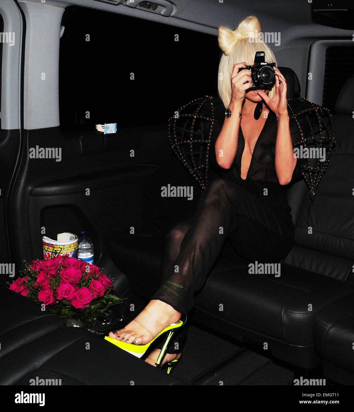 16.APRIL.2009 - LONDON  US POP SENSATION LADY GAGA LEAVING THE BBC TV STUDIOS AFTER APPEARING ON THE JONATHON ROSS - Stock Image