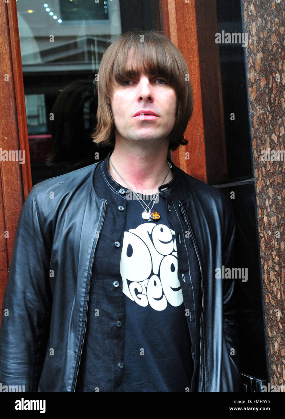 13.APRIL.2011. LIVERPOOL  LIAM GALLAGHER LEAVING THE HARD DAYS NIGHT HOTEL IN LIVERPOOL, UK. - Stock Image