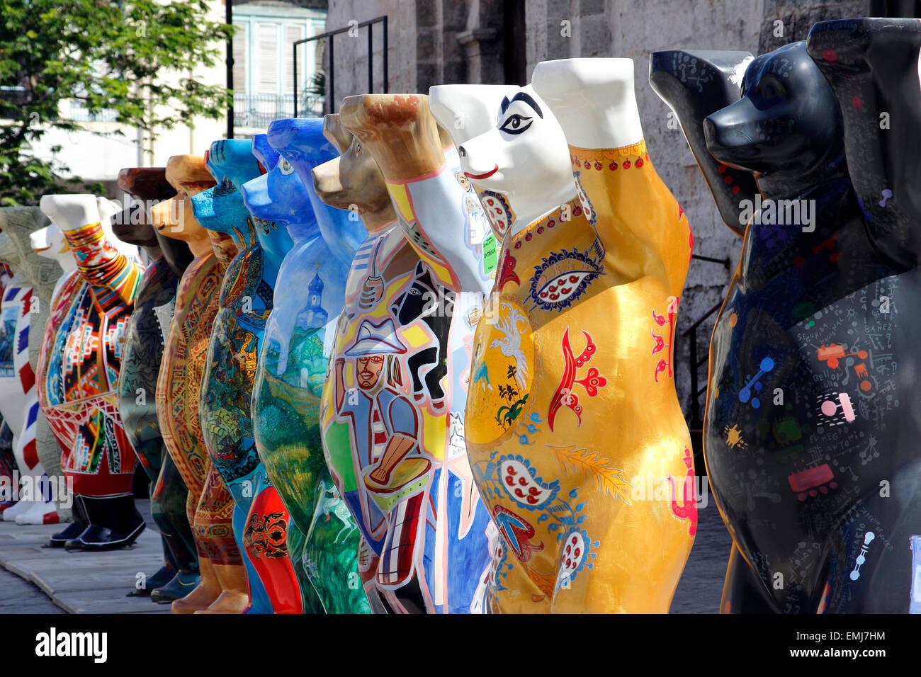 German made 'Buddy Bears' world tour promoting tolerance and understanding Old Town Havana Cuba - Stock Image