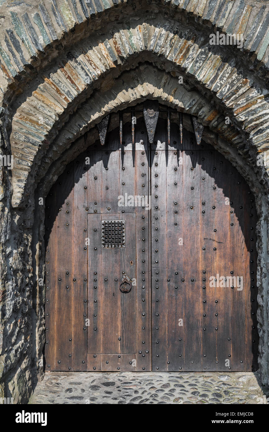 Door of Eilean Donan Castle at Loch Duich in Scotland. & Door of Eilean Donan Castle at Loch Duich in Scotland Stock Photo ...