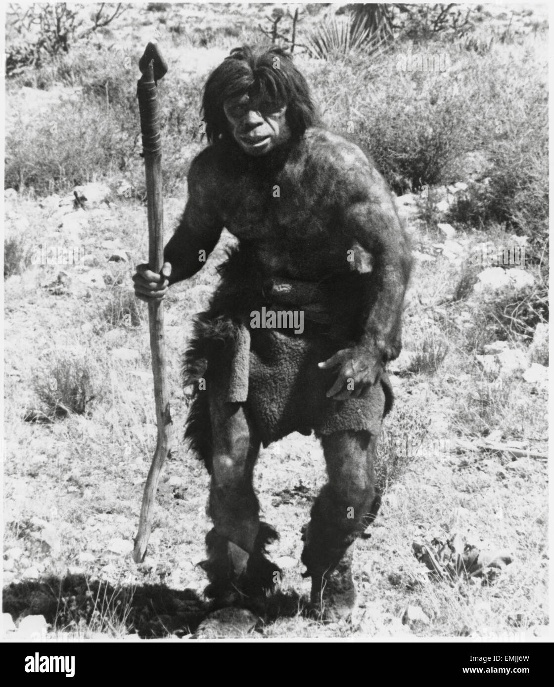 """Caveman, Publicity Portrait, on-set of  the Documentary Film """"Up From the Ape"""" (aka The Animal Within), 1975 - Stock Image"""