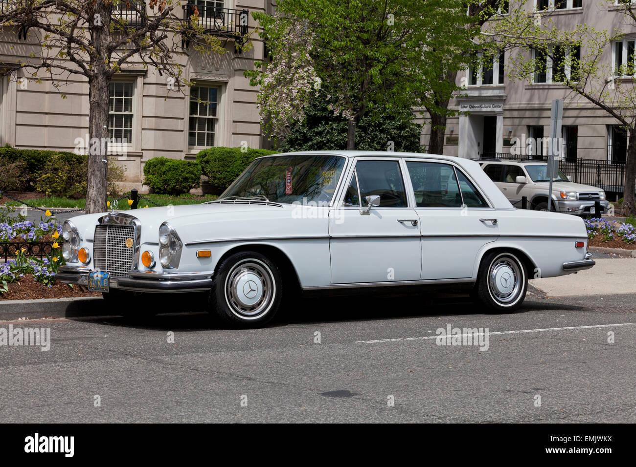 1970 Mercedes Benz 280S W108 Limousine - USA - Stock Image