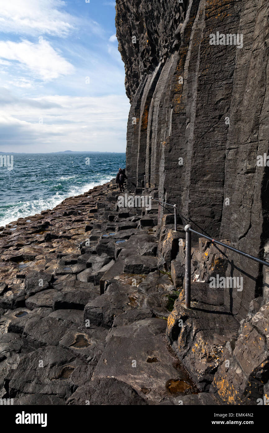 Path to Fingal's Cave on the isle of Staffa, Scotland - Stock Image