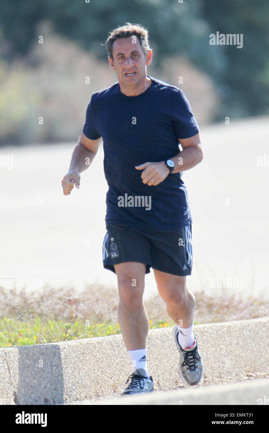 French President Nicolas Sarkozy Jogging High Resolution Stock Photography And Images Alamy